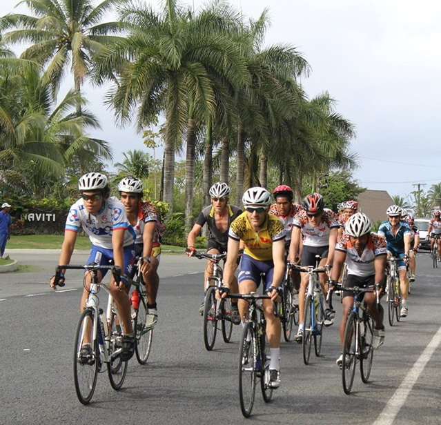 The pace is comfortable at the early part of Stage 3 near the Naviti Hotel